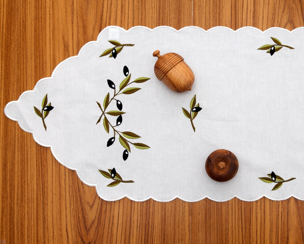 Coffee-Table-Runner-Olives-1