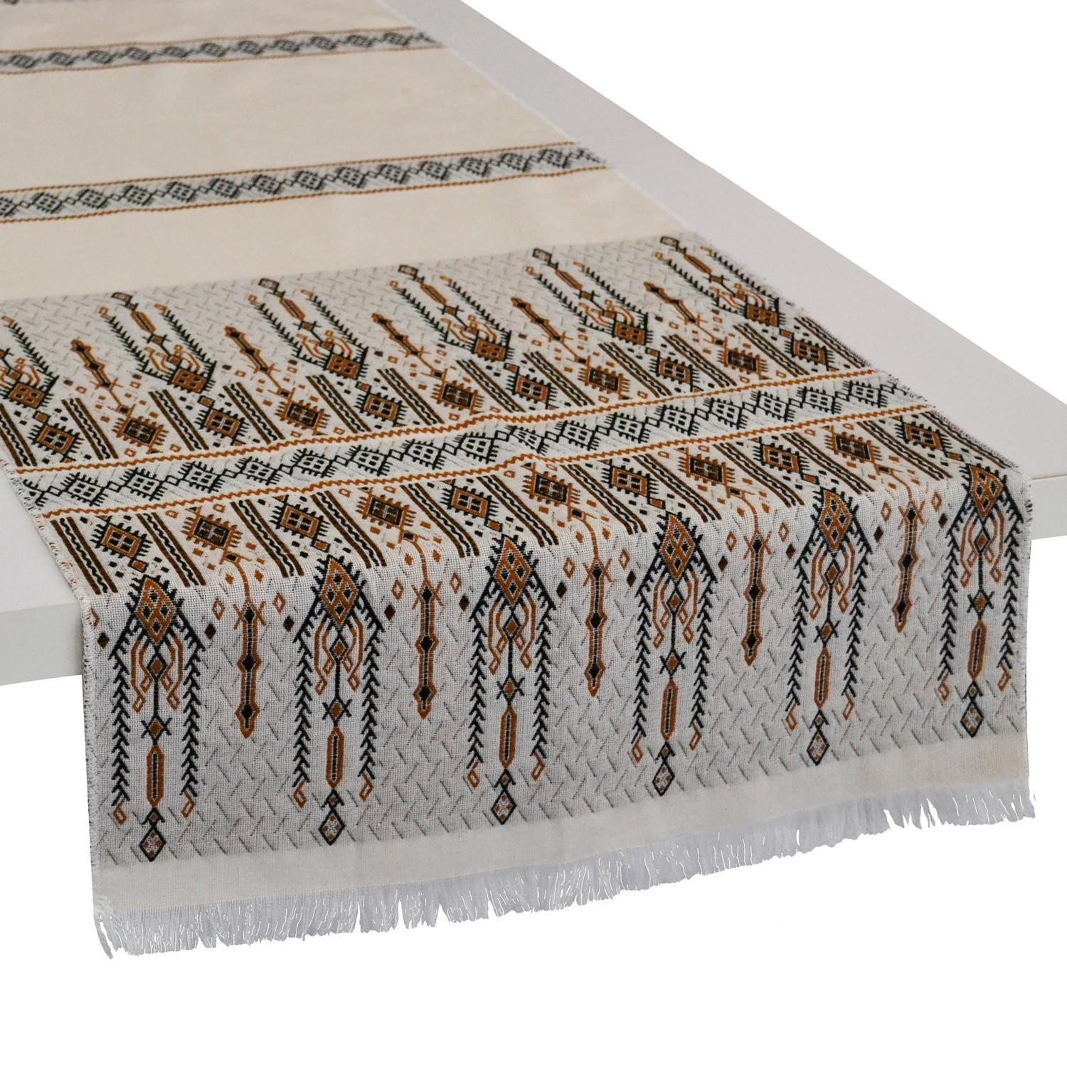 Traditional_Table_Runner_Brown_Off-White_Candlestick