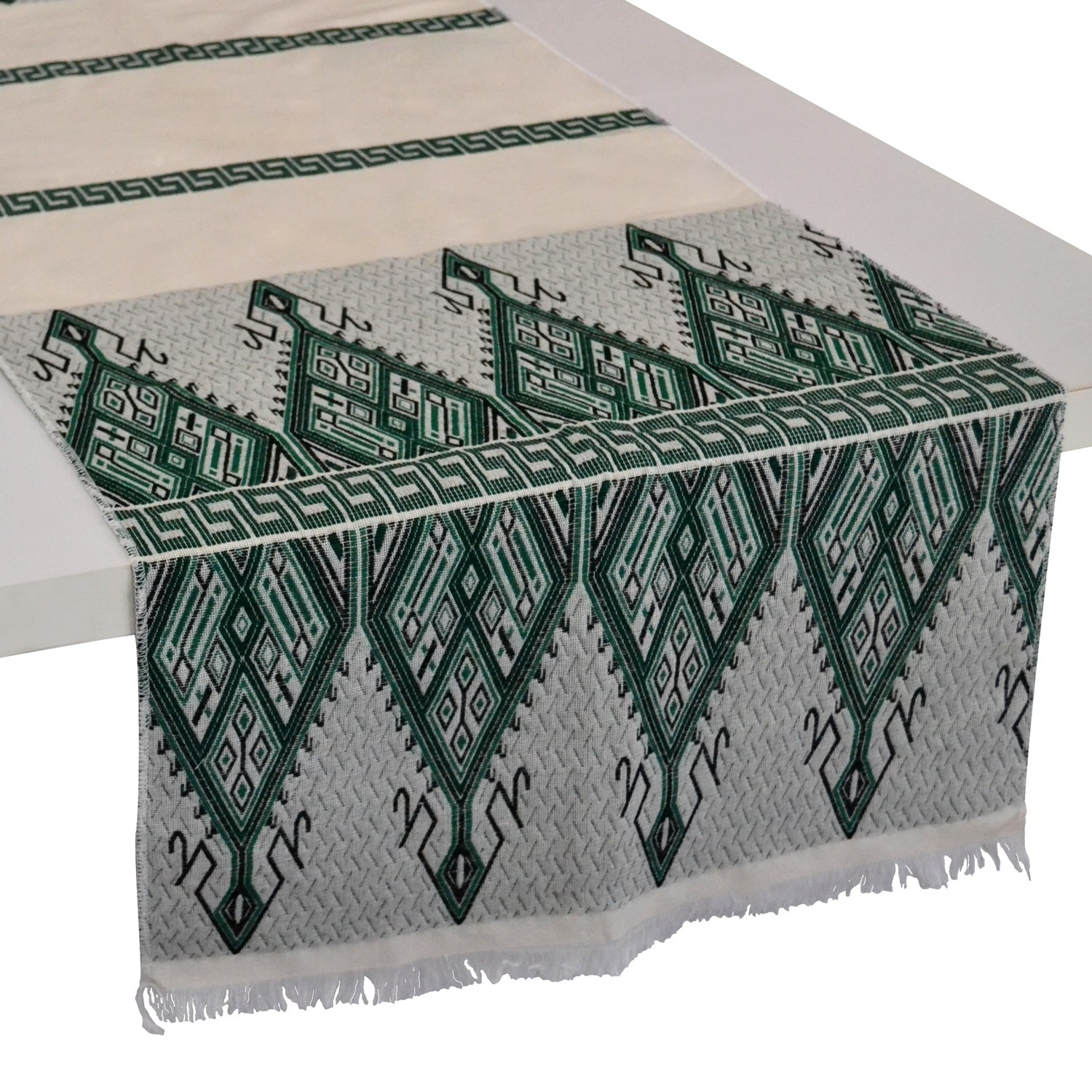 Traditional_Table-Runner_Greek_Design_Green