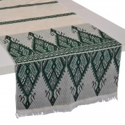 Praesos Cotton Table Runner, Green (M)